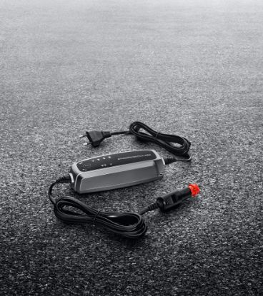 Picture of Porsche Charge-o-mat Pro Trickle Charger